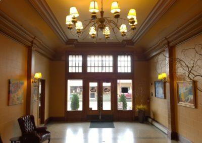 Hotel Cathlamet Lobby