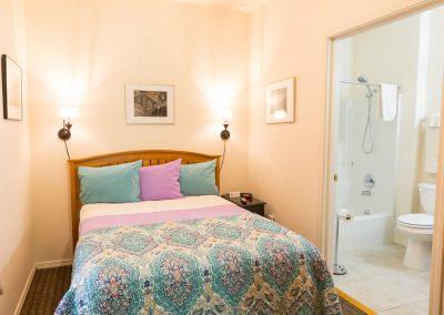 Hotel Cathlamet - rm 203
